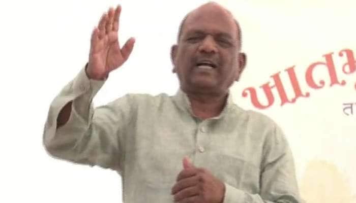 MP Mansukh Vasava એ જાહેર કાર્યક્રમમાં કહ્યું- 'ગુજરાતનું શિક્ષણ નબળું છે, નબળું છે, નબળું છે'