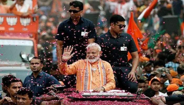 PM Modiના વારાણસીના રોડ શોમાં ઉમટ્યો માનવ મહેરાણ, જૂઓ તસવીરો