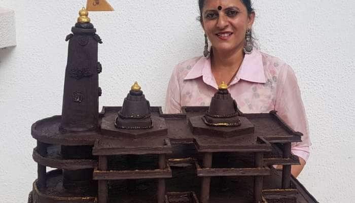 Photos : અમદાવાદની મહિલાએ માત્ર 15 કલાકમાં 15 કિલો ચોકલેટનું રામ મંદિર બનાવ્યું